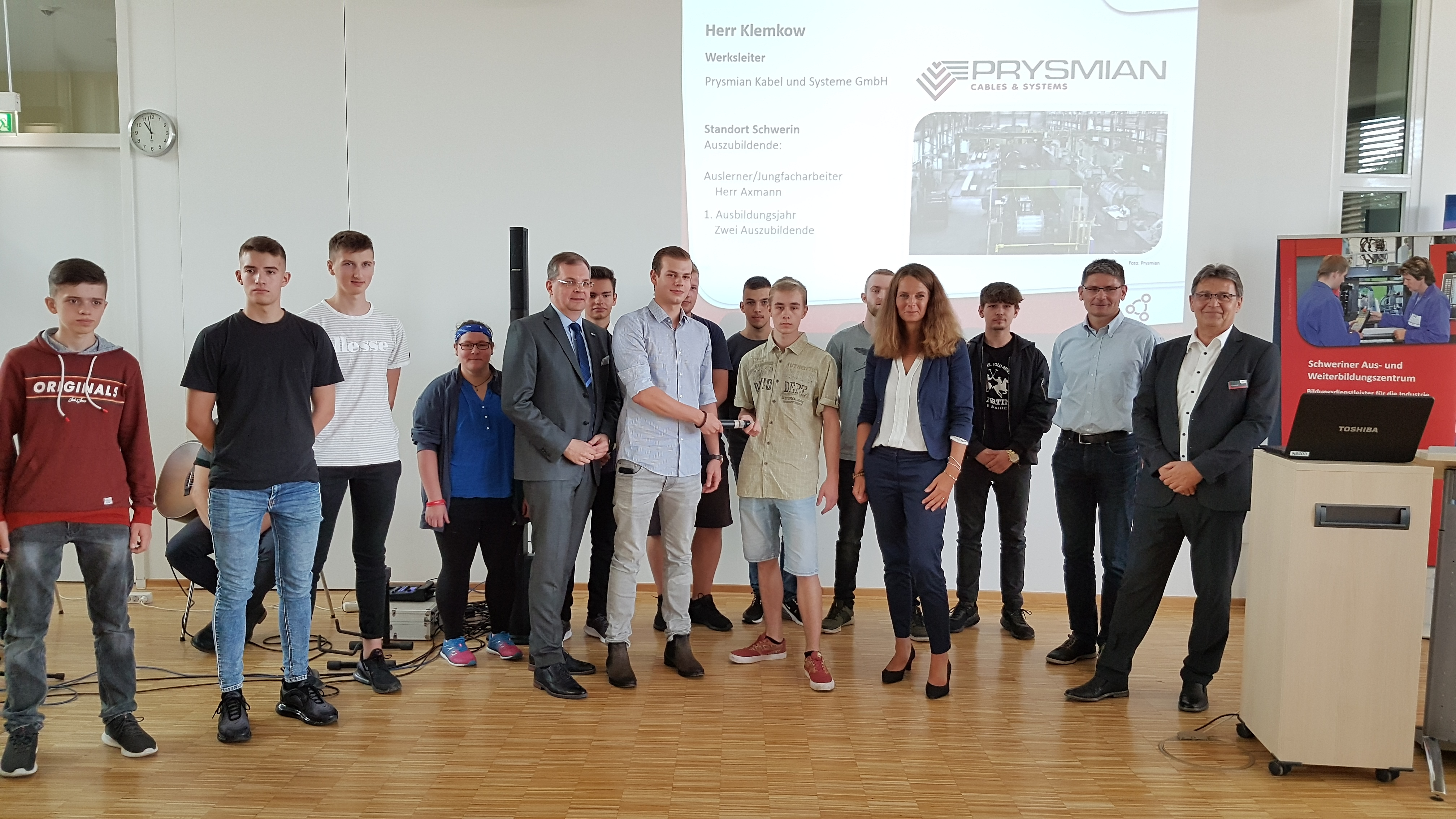 2019-09-02_Lehrjahreseröffnung-2019_Staffelstabübergabe-Prysmian